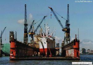 Cap San Diego im Dock von Blohm & Voss