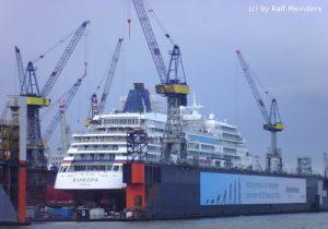 Kreuzfahrtschiff Europa (198m)