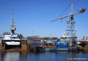 Werft im Harburger Hafen