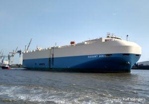 Autotransporter Elegant Ace (143m x 17m)