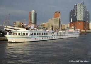Flusskreuzfahrtschiff Junker Jörg (95m x 11m)