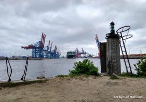 Blick zum Waltershofer Hafen