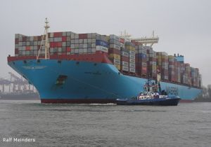Containerschiff Matz Maersk (399m x 60m)